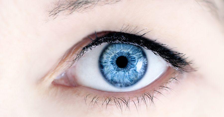 Eye Strain : Keluhan Mata Generasi Millennial di Era Digital
