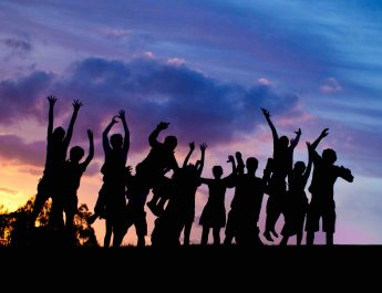 Generasi Millennials (Y) & Post Millennials (Z) : GENERASI YANG DINANTI-NANTI ?